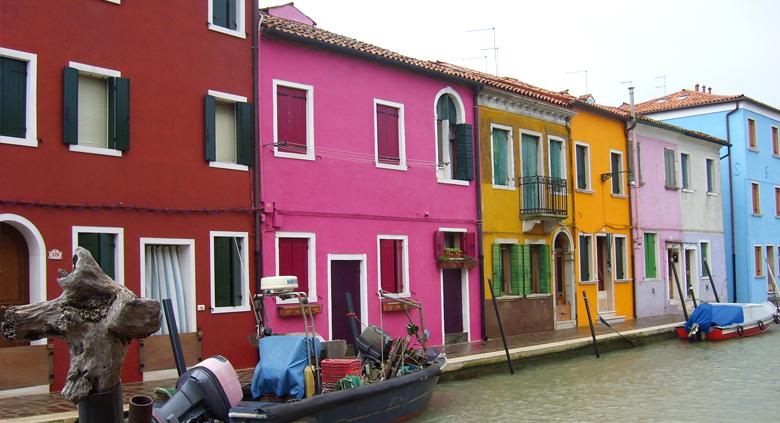 voyage venise maisons colorées
